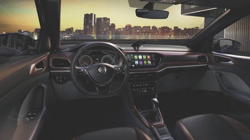 t-cross-interior-panel-frontal-luz-ambiente.jpg