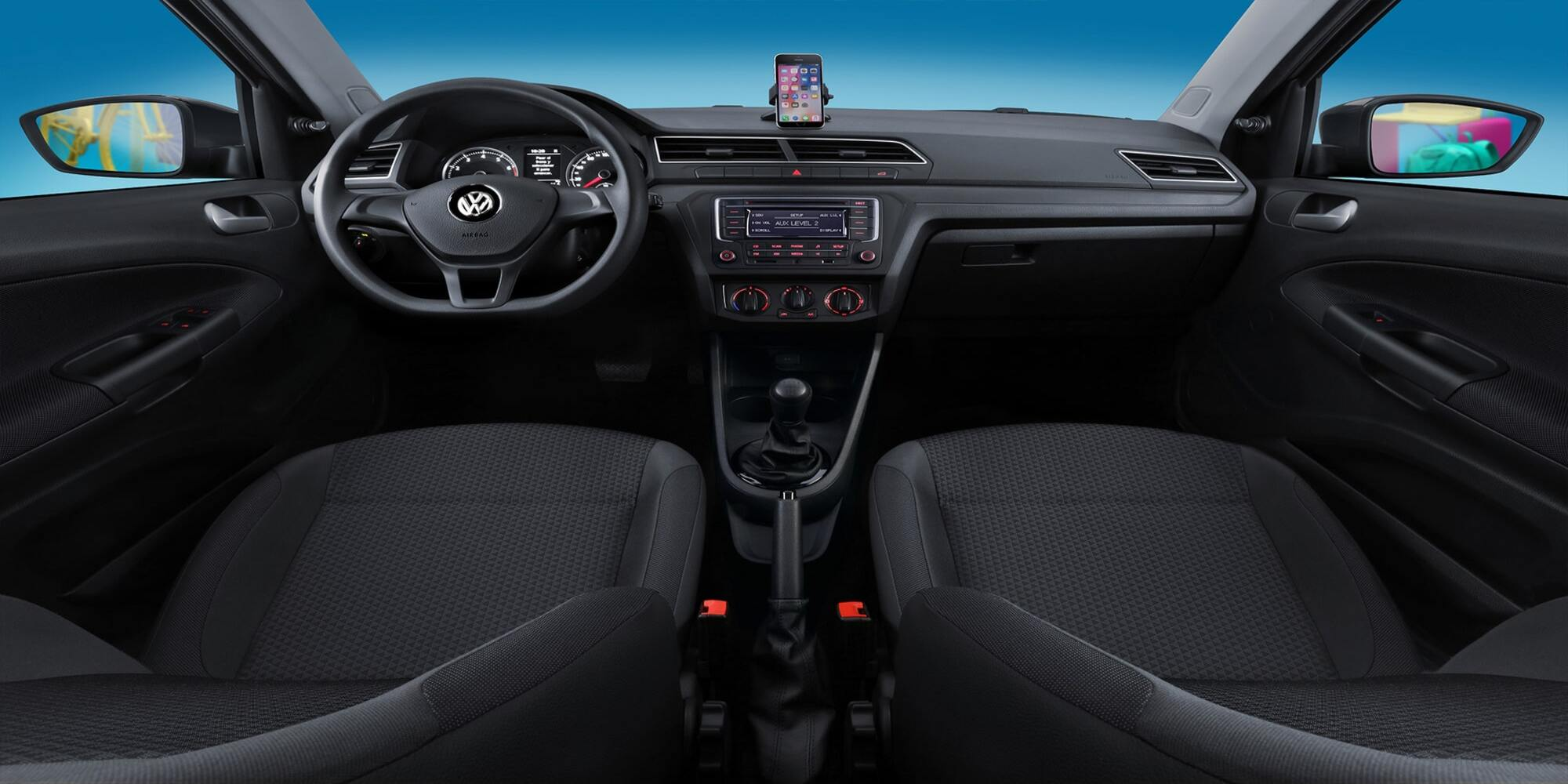voyage-interior-panel-frontal.jpg
